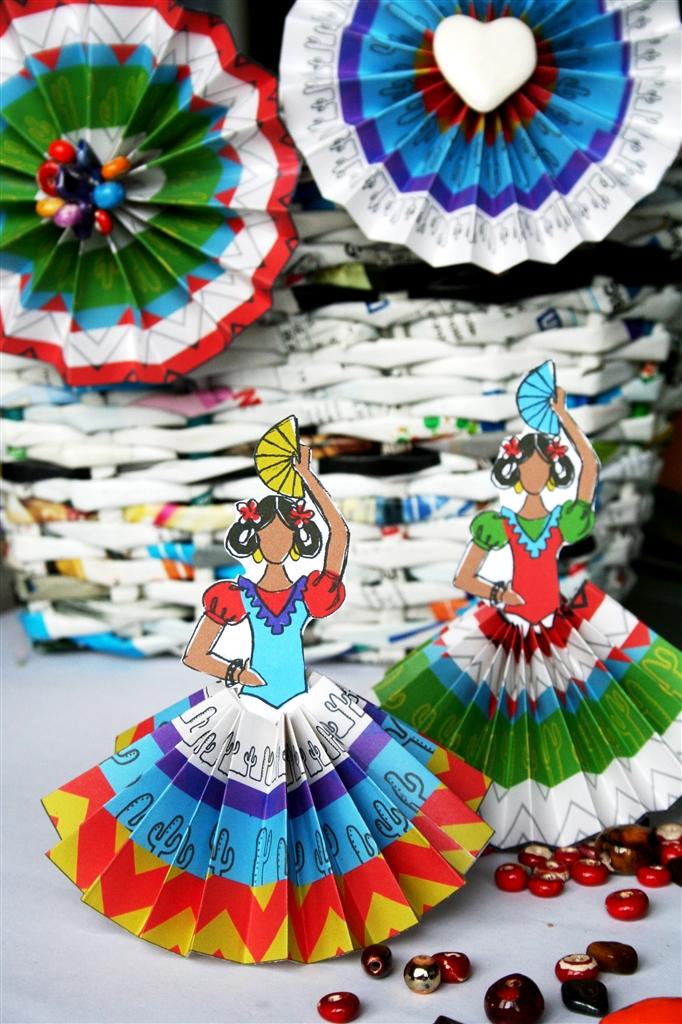 i - Fiesta Decorations