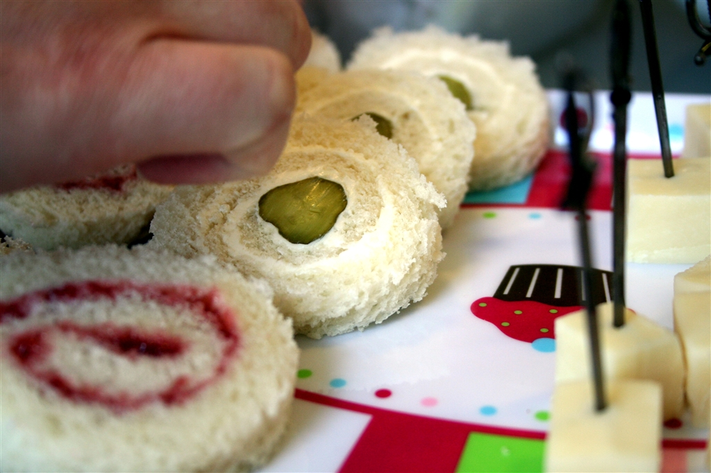 Fancy Party Sandwiches Or Ways To Use White Bread Denna S Ideas