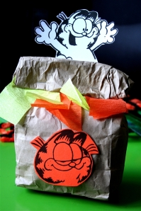 denna's ideas: Garfield Party favor bag!