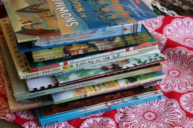 "denna's ideas: ""green"" Advent countdown books"