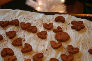 denna's ideas: making cinnamon ornaments