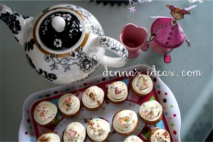 mini cupcakes for a Fairy Tea