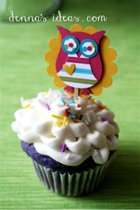 colorful Owl cupcakes and cardstock toppers for the Grafitti Owl Cake party