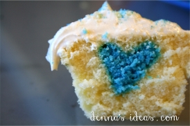 blue hearts hidden inside Guatemala Day cupcakes!