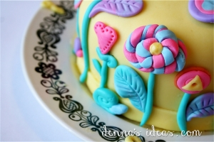denna's ideas- sunshine lollipops and rainbow cake