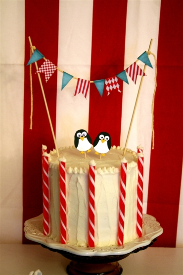 Penguin North Pole Cake for a Pingu Second Birthday!