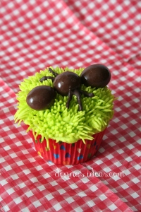 denna's ideas: chocolate covered almonds as cupcake toppers, picnic ant cupcake