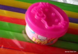 denna's ideas: Hello Kitty crackers