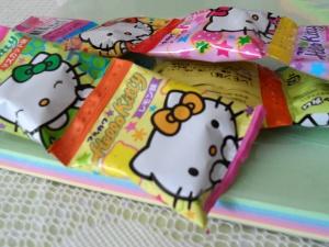 denna's ideas: Hello Kitty Party Ideas, HK party gum favors