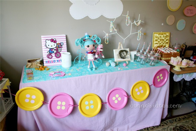 Lalaloopsy party table by dennasideas.com