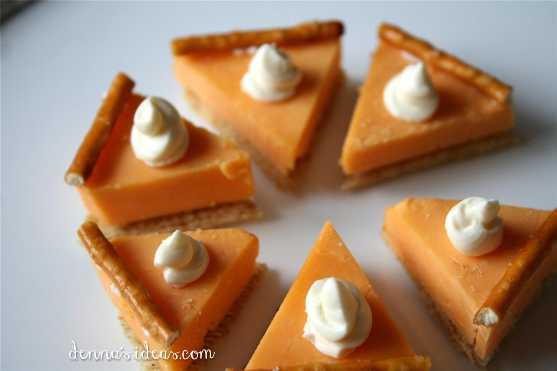 Dennas Ideas Mini Pumpkin Pie Cheese Cracker Appetizers For Thanksgiving