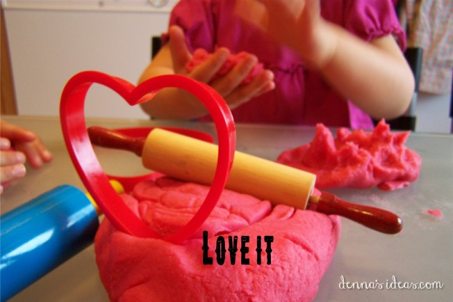 Pink Dough for Preschool Valentines by dennasideas.com - Page 005