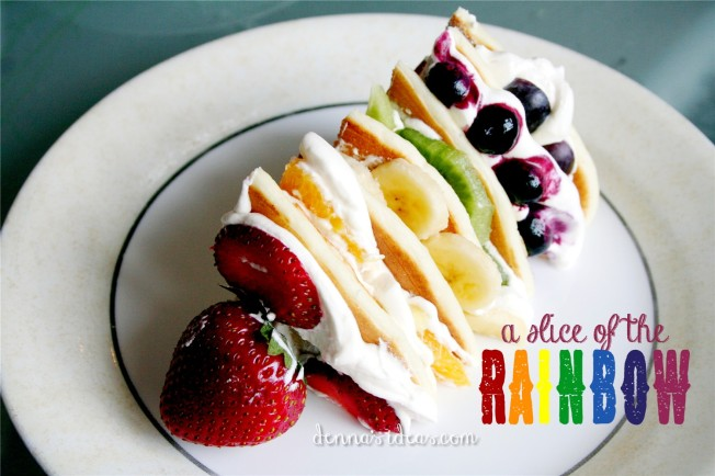 healthy Rainbow fruit pancakes for St. Patrick's Day by dennasideas.com