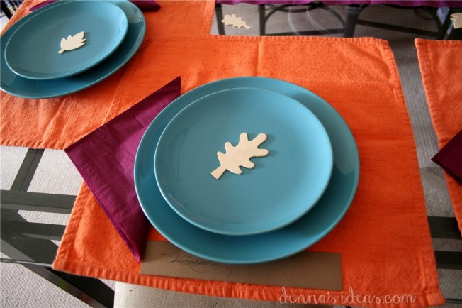 simple modern Thanksgiving table setting by dennasideas.com - Page 007