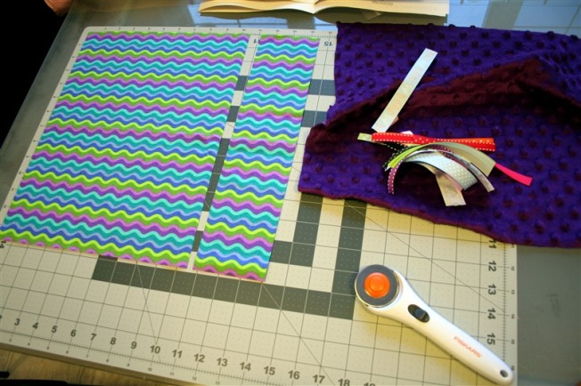sewing with flannel and minky by dennasideas.com